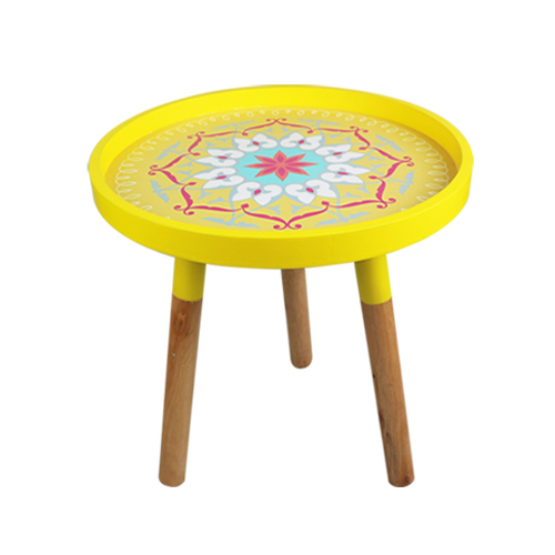 Light yellow coffee table - middle