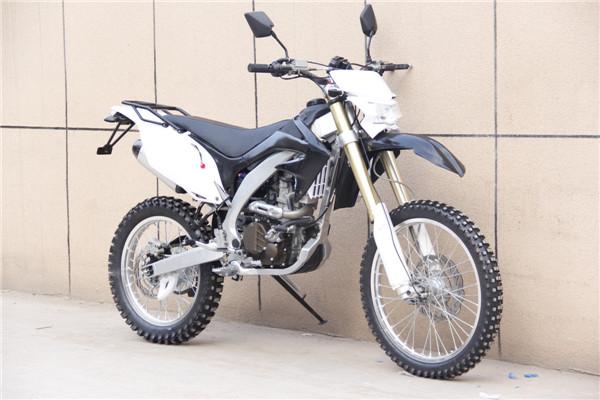 New 250 cc 4 Valve 24HP dirt bike