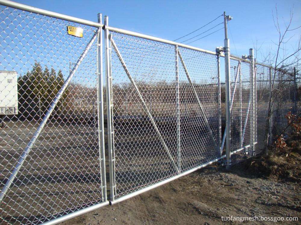 Easy to install HDG chain link fence