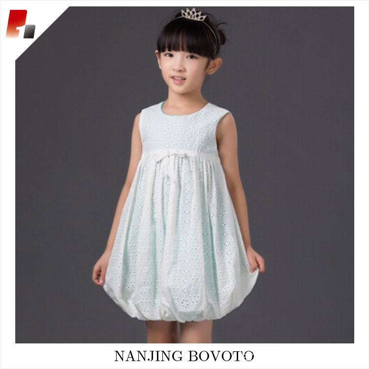 eyelet dress01
