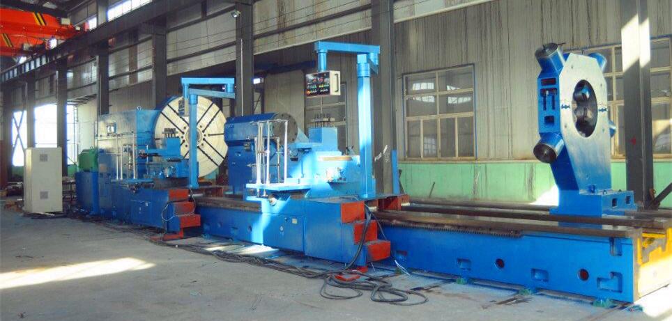Heavy lathe machines
