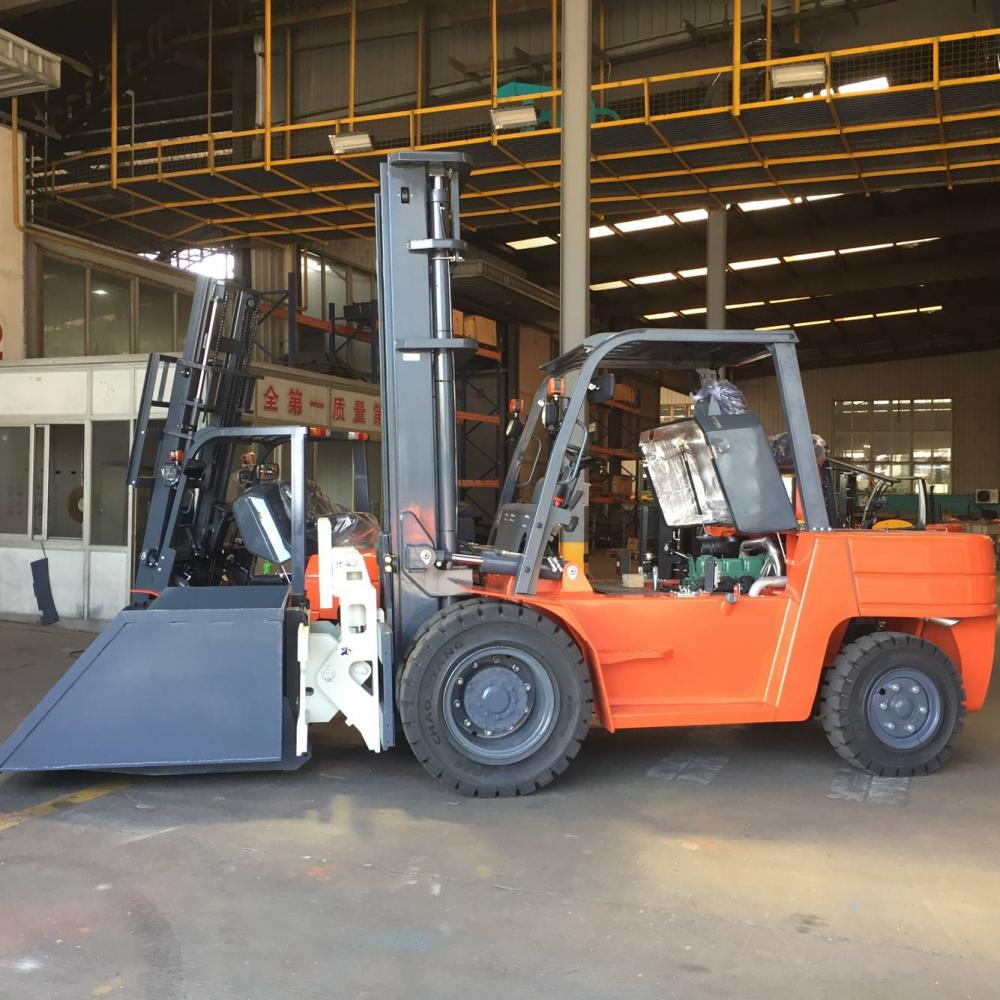 Forklift With Tipping Bin