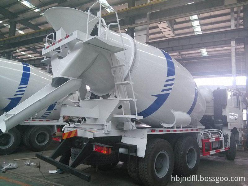 Cement Mixer Truck 83