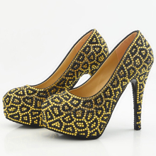 Women's Gold Pearls Closed Toes Wedding Shoes