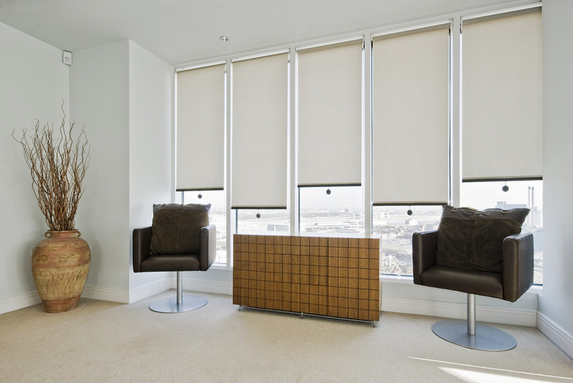 SPRING CORDLESS ROLLER SHADES
