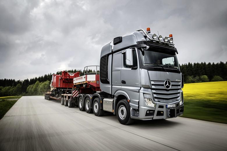 Heavy-Duty-Truck