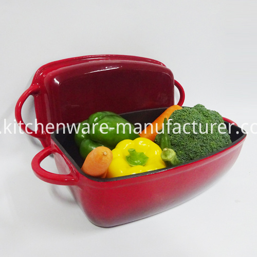 cast iron stock pot