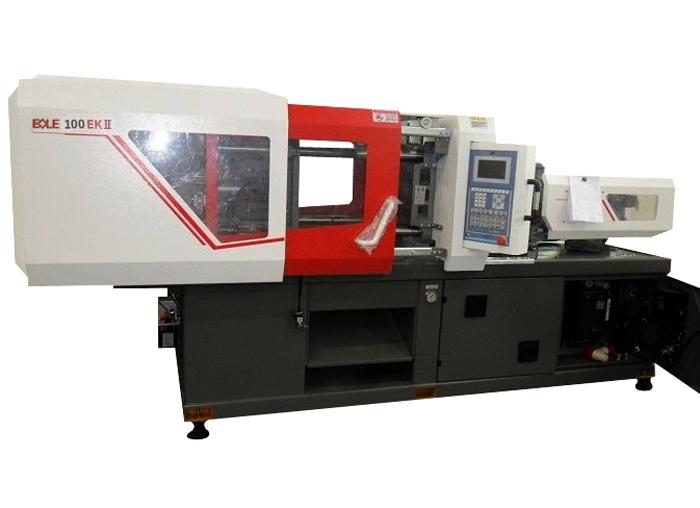 100 ton Bole injection mold machines