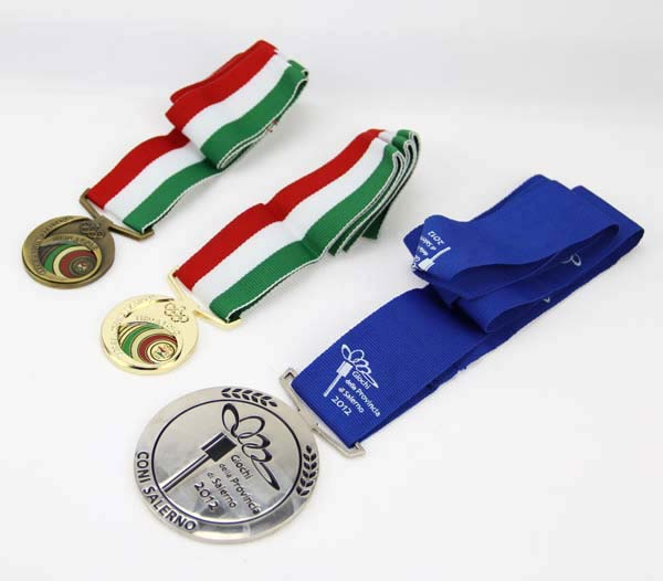 Custom Medal With Ribbons 4