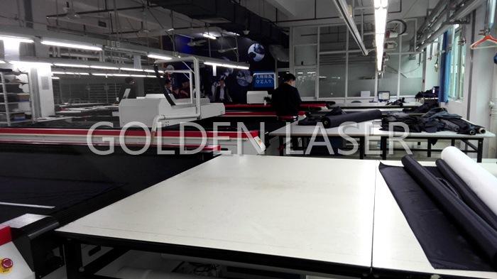 laser garment cutter factory