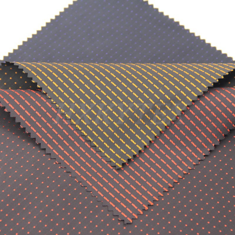Polyester Memory Fabric with DOT Dobby for Men's Jacket