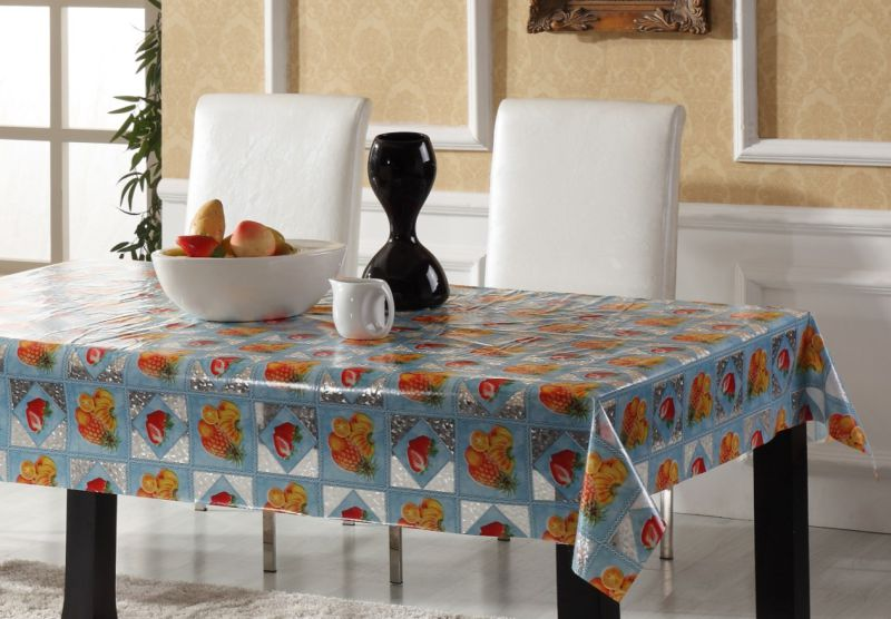 Plastic Embossed Transparent Table Cloth in Roll