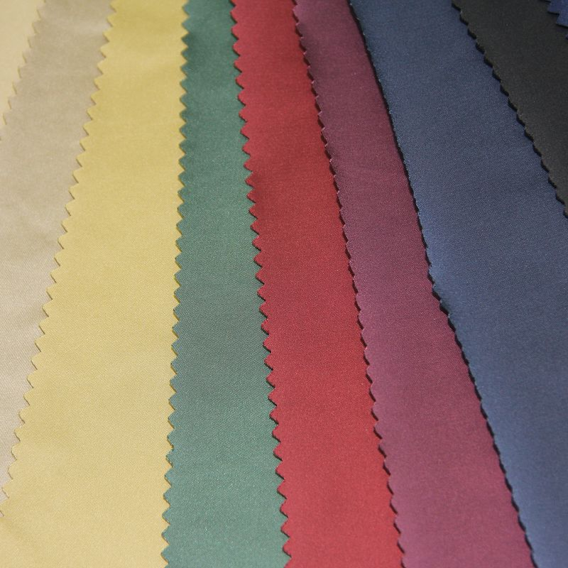 Plain Type Woven Semi Memory Fabric for Garment