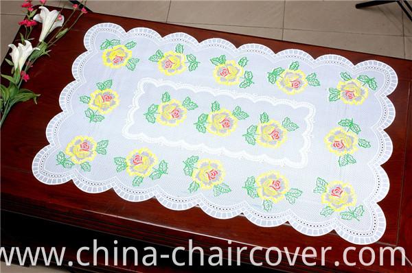 Vinyl PVC Lace Gold/Silver Placemat