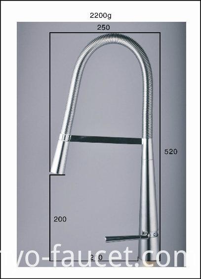 Pull Down Kitchen Lavatory Faucet Single Handle Kitchen Sink Faucet (QH3055K)