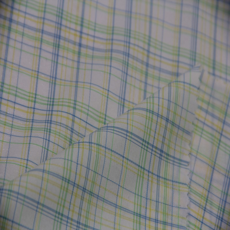 Moisture Wicking 100% Nylon Yarn Dyed Fabric for Men's Blouses