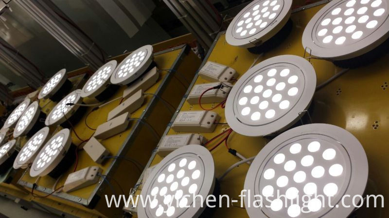 Ce Approved Aluminium 18W Jewelry Store LED Down Light